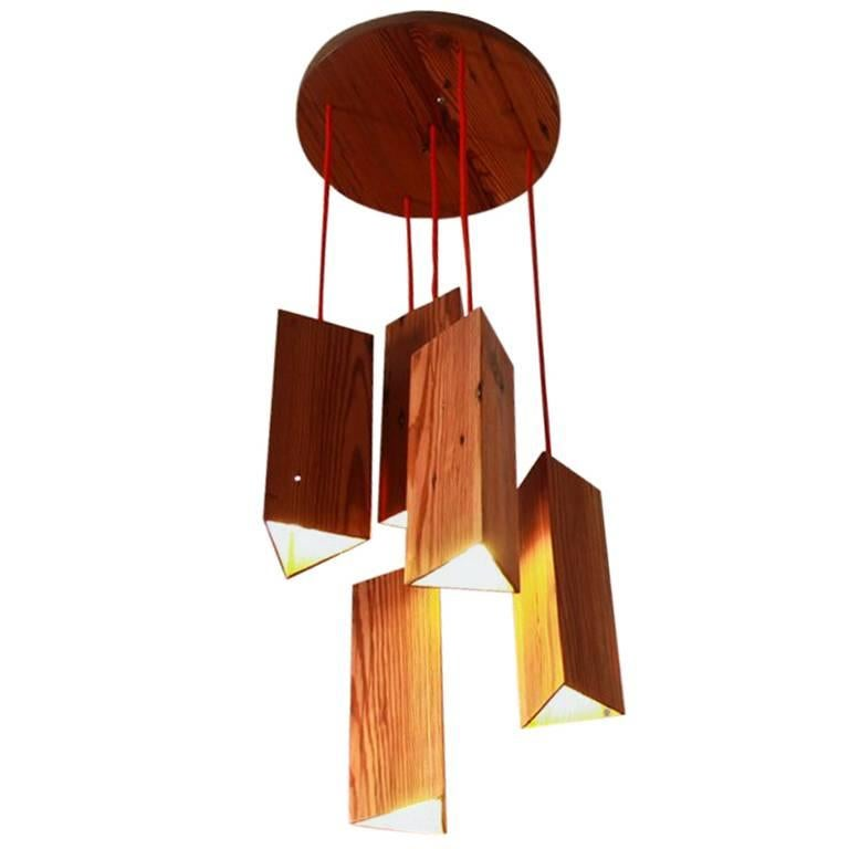 Pendant Lamp in Wood. Brazilian Contemporary Design by O Formigueiro. For Sale