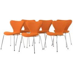 "Stackable Chairs ""3107"" Arne Jacobsen, 1955"