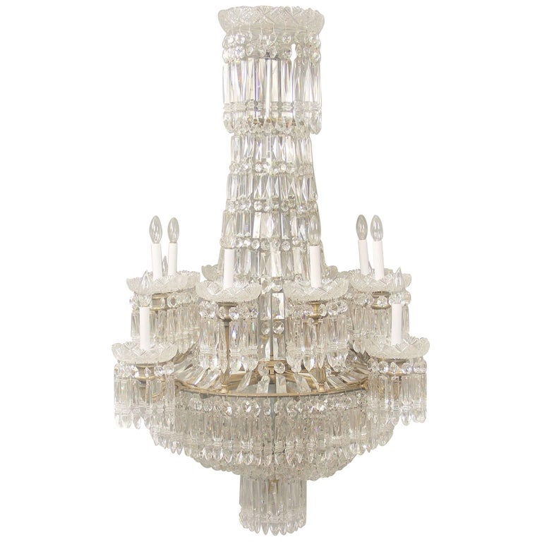 Exceptional Early 19th Century Waterford Crystal Eighteen-Light Chandelier For Sale