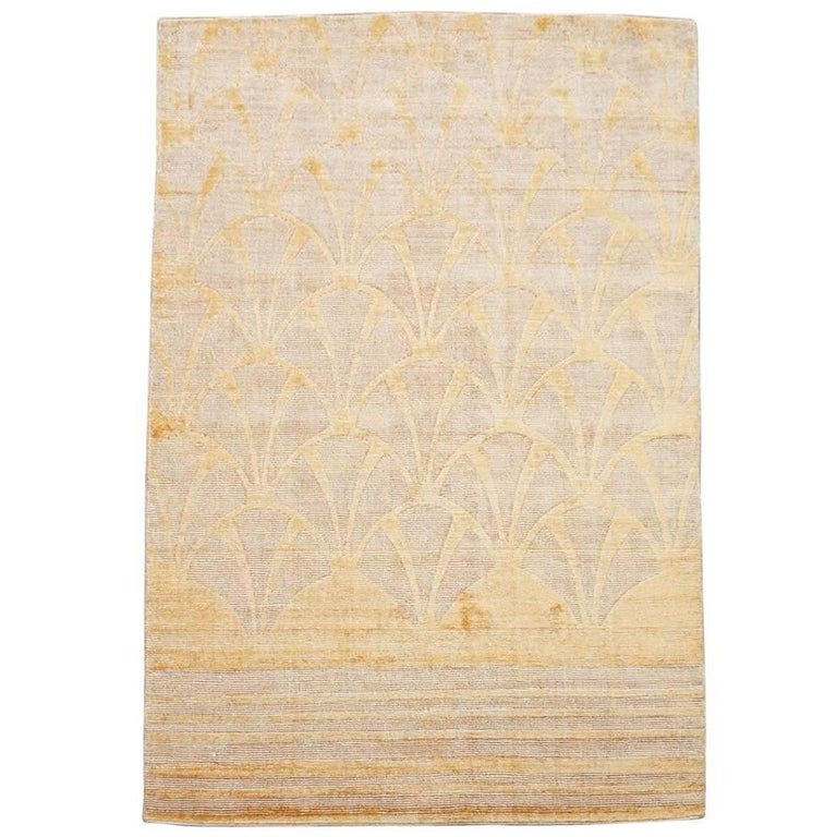 Modern Bamboo Silk Wool Rug With Sculpted Design For
