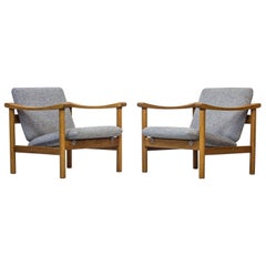 Pair of GE 280 Easy Chairs by Hans J. Wegner