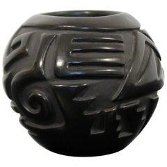 Contemporary Santa Clara Pottery Linda Cain Small Vessel Black Vase, 1989