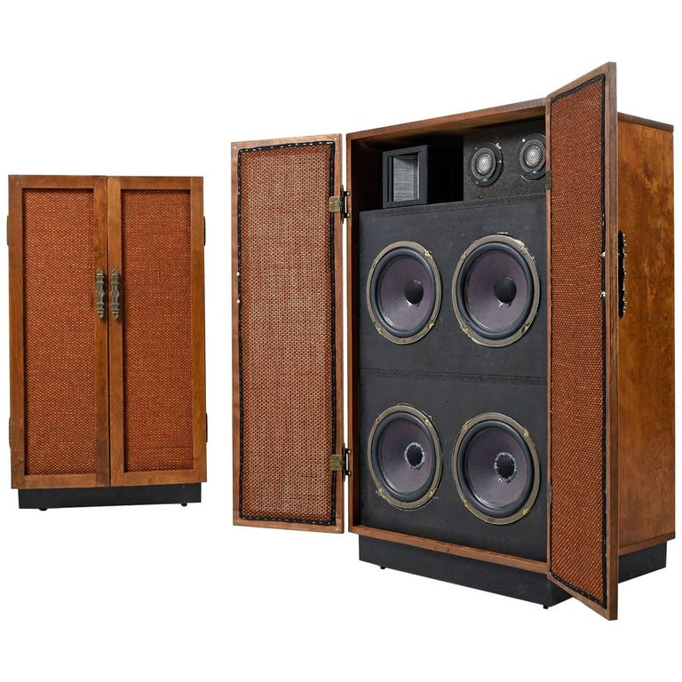 Massive Oak Cabinet Custom Made Speakers by Olson, 1960s For Sale