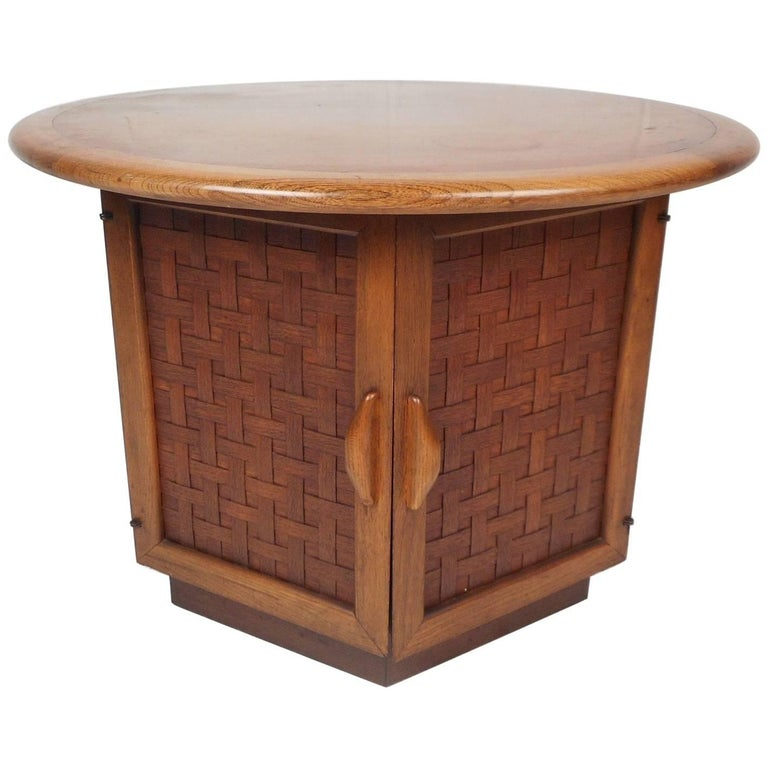 Round Mid-Century Modern End Table by Lane Furniture