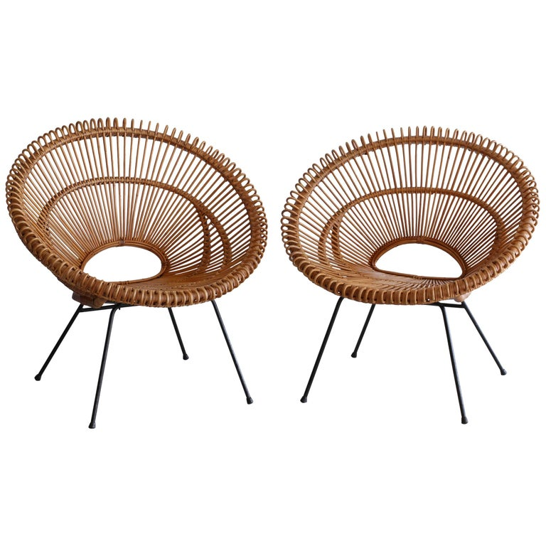 Pair of Rattan Chairs in the Style of Franco Albini For Sale