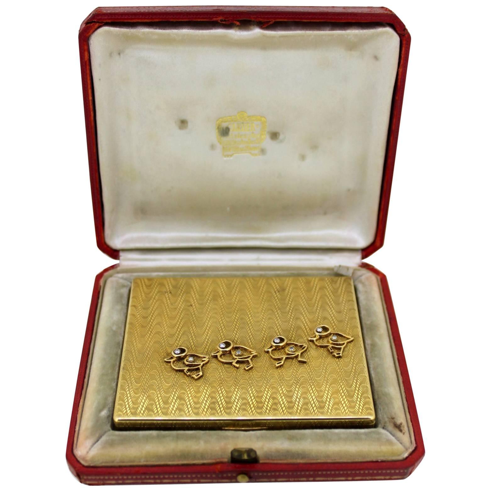 Cartier 18-Karat Yellow Gold Compact Box with Diamonds 0.20 Carat, Paris, 1930s