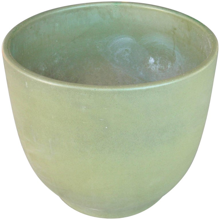 Gainey Large Planter, Ceramic/Pottery, Marked, Olive Green For Sale