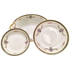 1920s Art Nouveau Japanese Porcelain Dinnerware Set of 25 Pieces