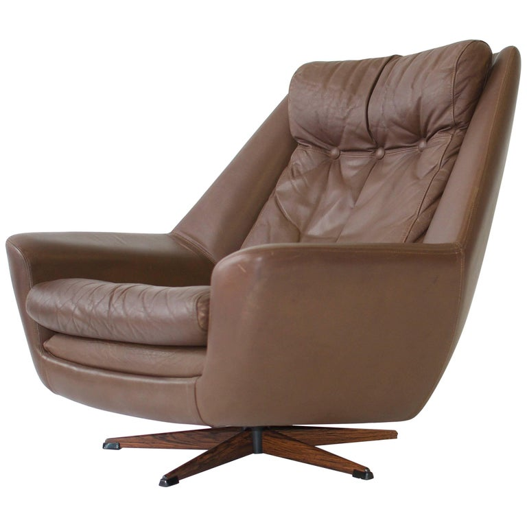 H. W. Klein Swivel Leather Lounge Chair