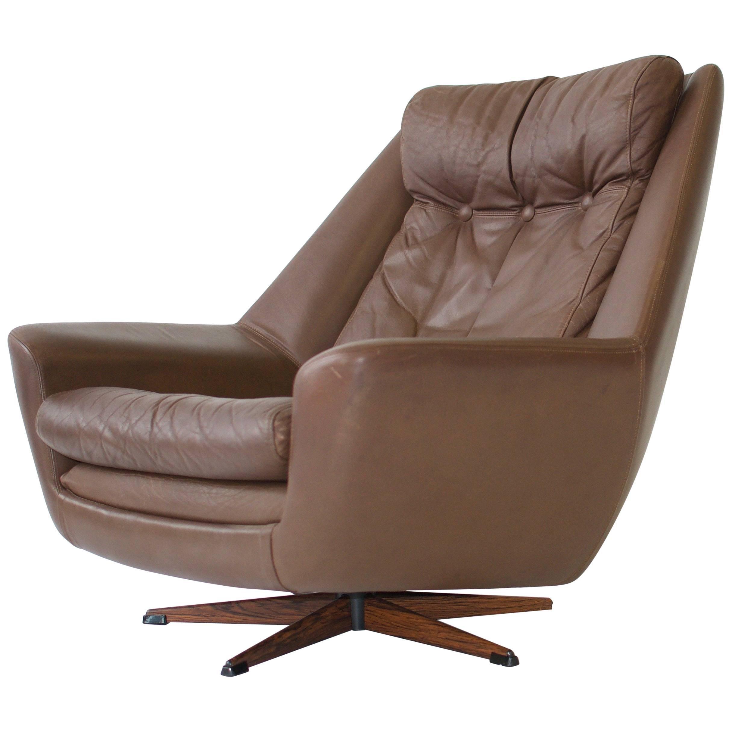 H. W. Klein Swivel Leather Lounge Chair