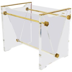 Solid Lucite and Brass Hollywood Regency News Rack Magazine Stand, Italy, 1970s