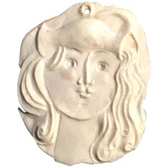 Roger Capron, Porcelain Medallion