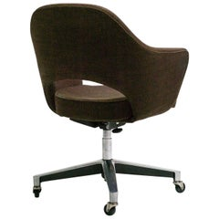 Eero Saarinen Series 71 Desk Chair