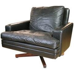 Leather and Rosewood Lounge Chair by Fredrik Kayser
