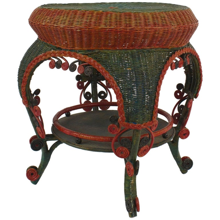 French Victorian Red And Green Painted Wicker Round End Table For - Painted round end table