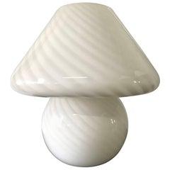 Vetri Murano White Mushroom Lamp