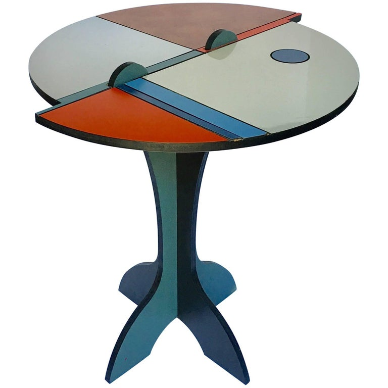 Mid-Century Modern Memphis Style Color Blocked Side Table For Sale