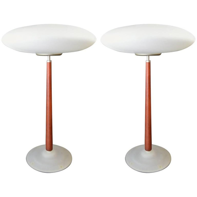 Pair of Arteluce T2 Lamps by Matteo Thue