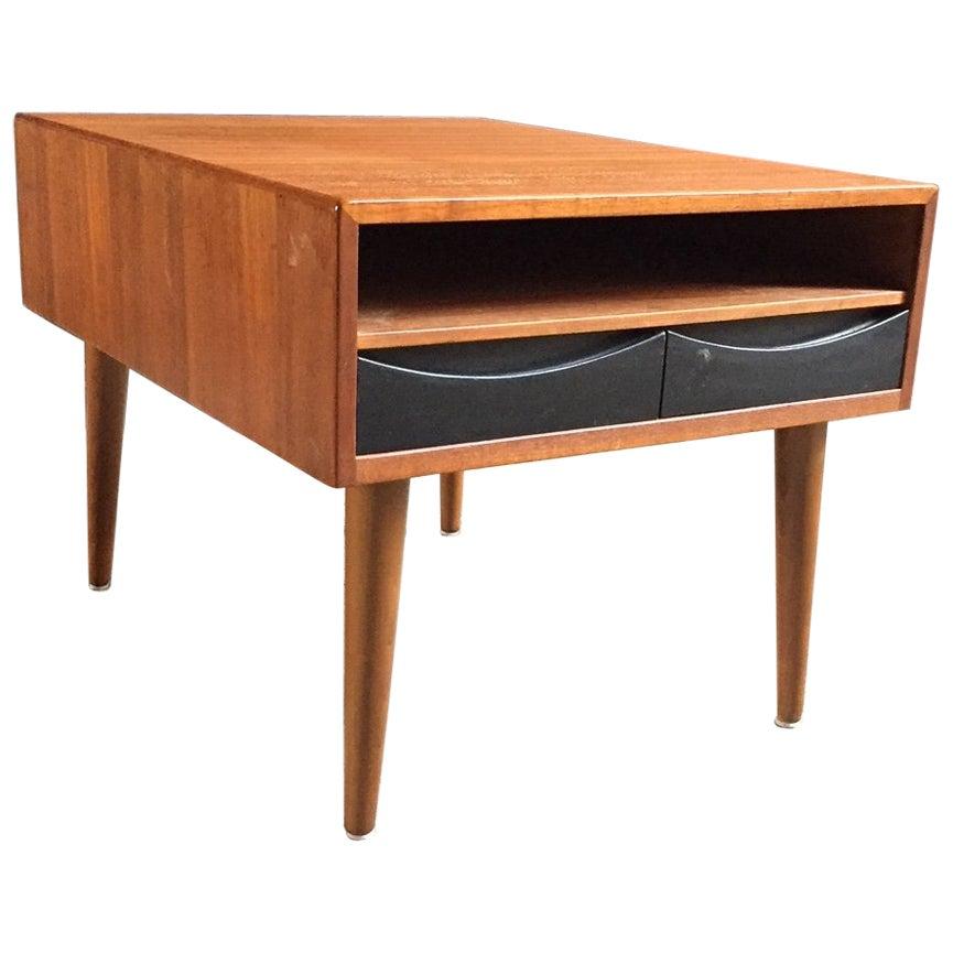 1960s Scandinavian Teak End Table in the Manner of Arne Vodder