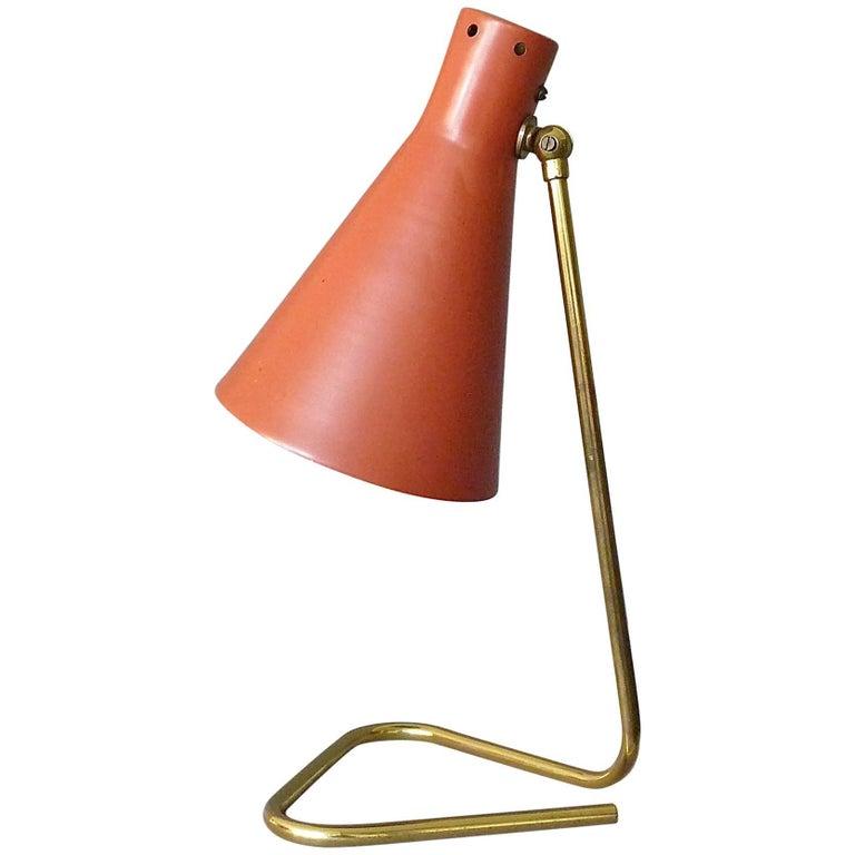 Great 1950s Red Enameled Triangle Brass Table Wall Lamp Stilnovo Arteluce Kalmar