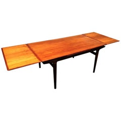 Beautiful Scandinavian Teak Dining Tale by Johannes Andersen, Late 1950s