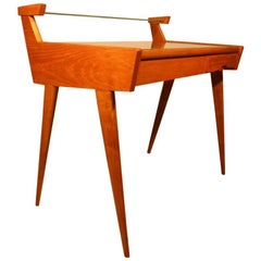 Spectacular Desk of Minimalist and Rational Italian Design in Birch
