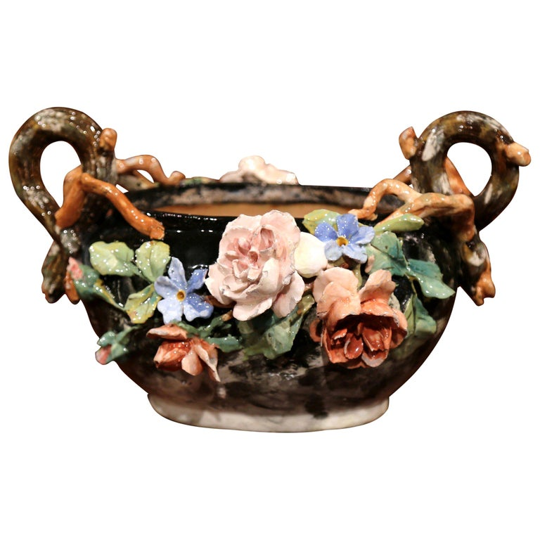 19th Century French Painted Ceramic Barbotine Jardinière from Montigny-sur-Loing For Sale