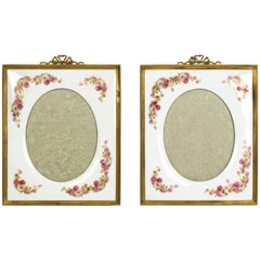 Early 20th Century Pair of Continental Porcelain Photograph Frames
