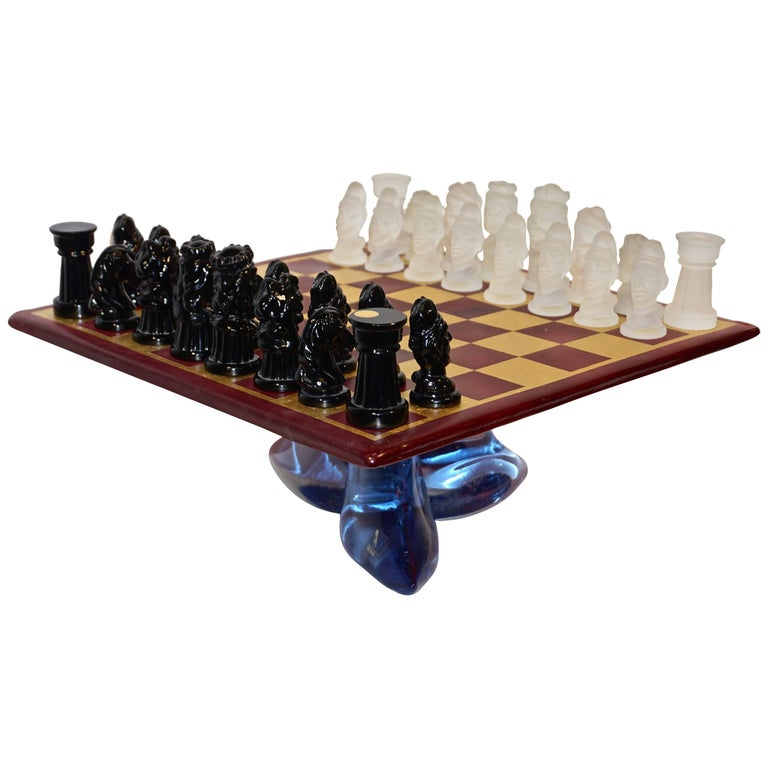1980s Nason & Toso White and Black Murano Glass Chess Set on Red and Gold Board For Sale