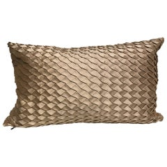 Silk Cushion Pleated Small Opal Pattern Embossed Color Pure Platinum