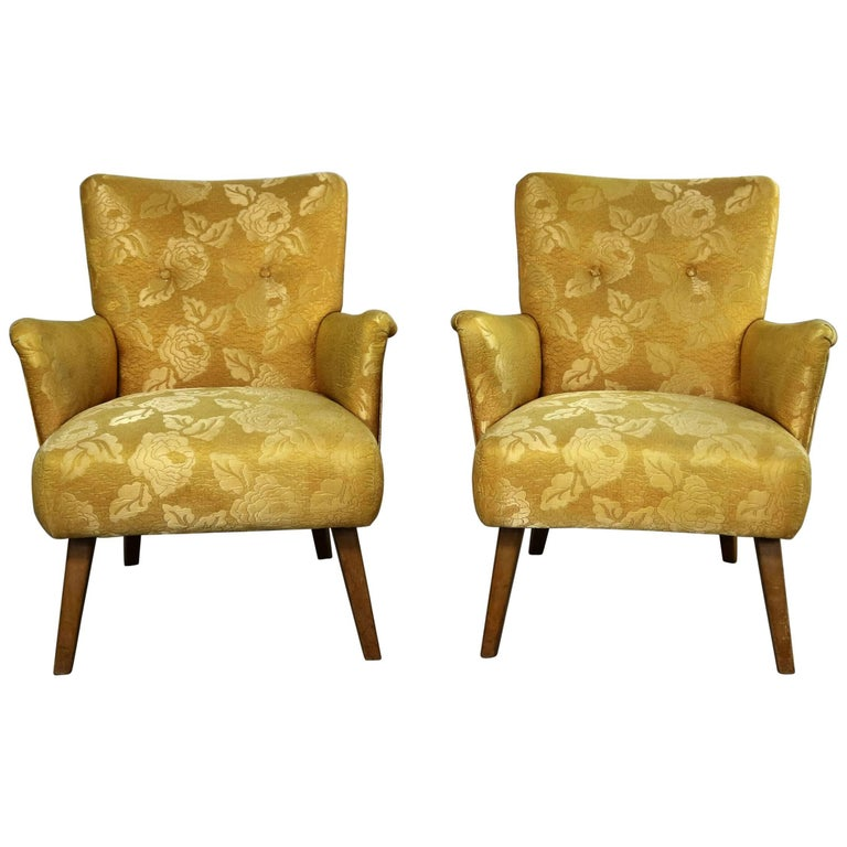 Art Deco or Art Moderne Pair of Armchairs in Original Gold Brocade