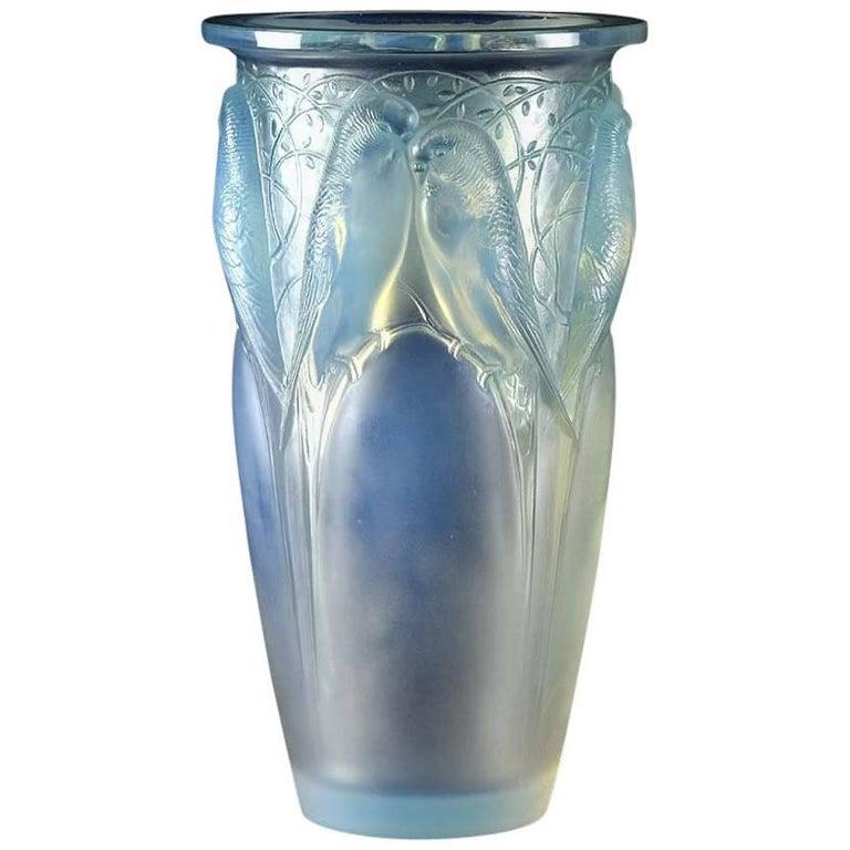 Ceylan Vase by René Lalique
