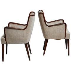 Osvaldo Borsani Pair of Rare Side Chairs, Italy, 1940s