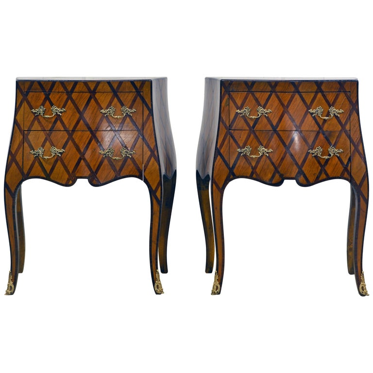 Early 20th Century Italian Louis XV Style Lattice Parquetry Bombe Commodes, Pair For Sale