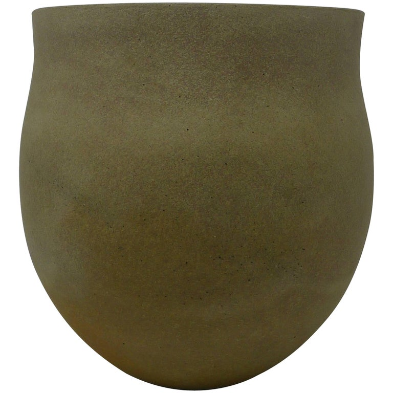 Jennifer Lee Stoneware Pot, circa 1987, England For Sale