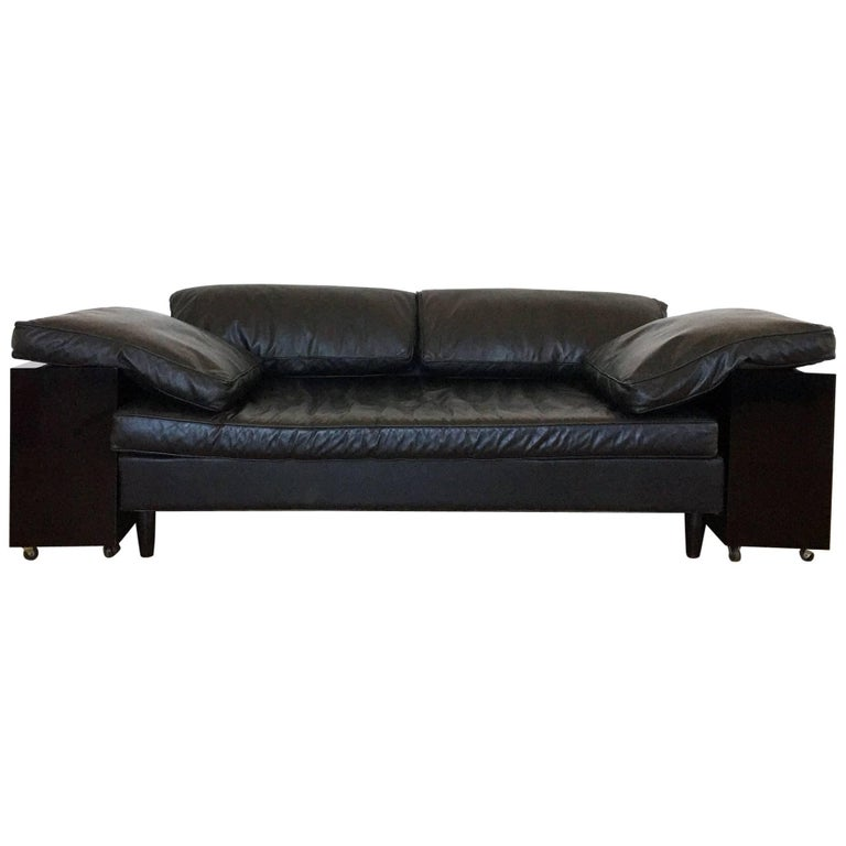 large and stately sofa designed by william haines at 1stdibs. Black Bedroom Furniture Sets. Home Design Ideas