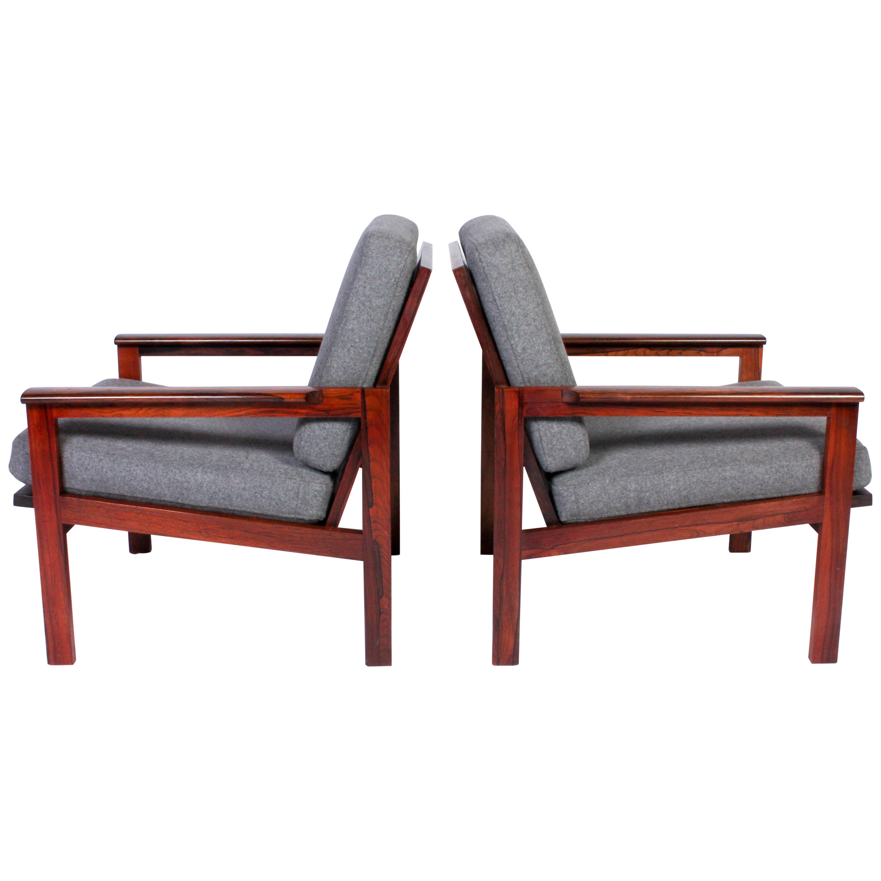 Pair of Rosewood Capella Lounge Chairs by Illum Wikkelsø