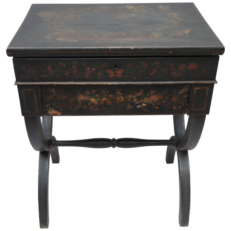 19th Century English Regency Black Decoupage Side Table or Dressing Table For Sale