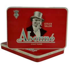 1950s Red Cigar Boxes with man and top hat for Abonné Gran Valor , Netherlands