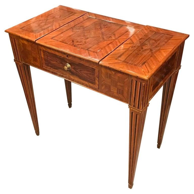 18th century Louis XVI Dressing Table