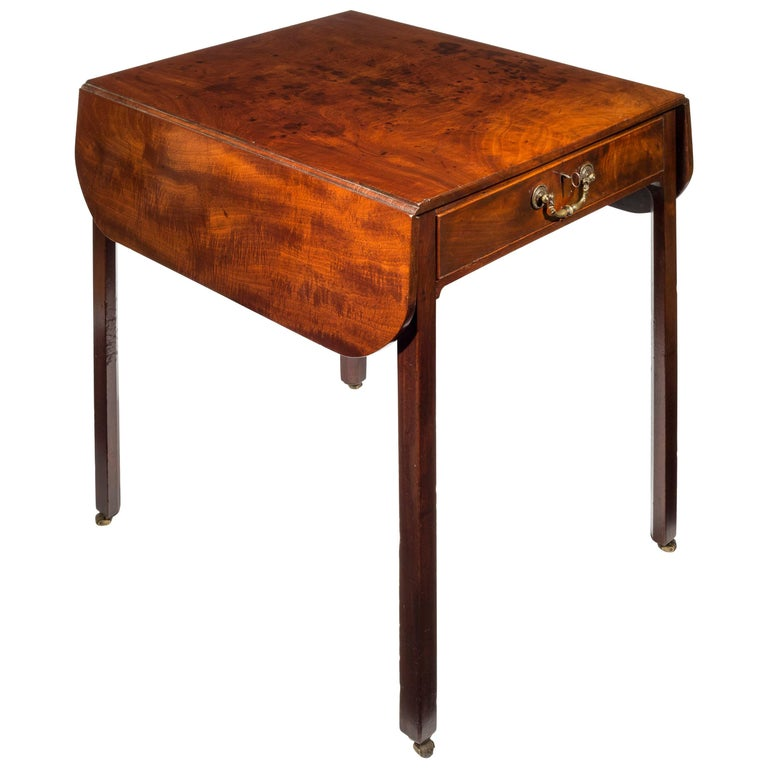 18th Century English Georgian Chippendale Drop-Leaf Writing Table or Desk