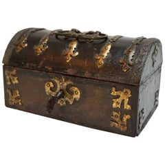 Missal-Box in Wood with Cooked Leather, 16th Century
