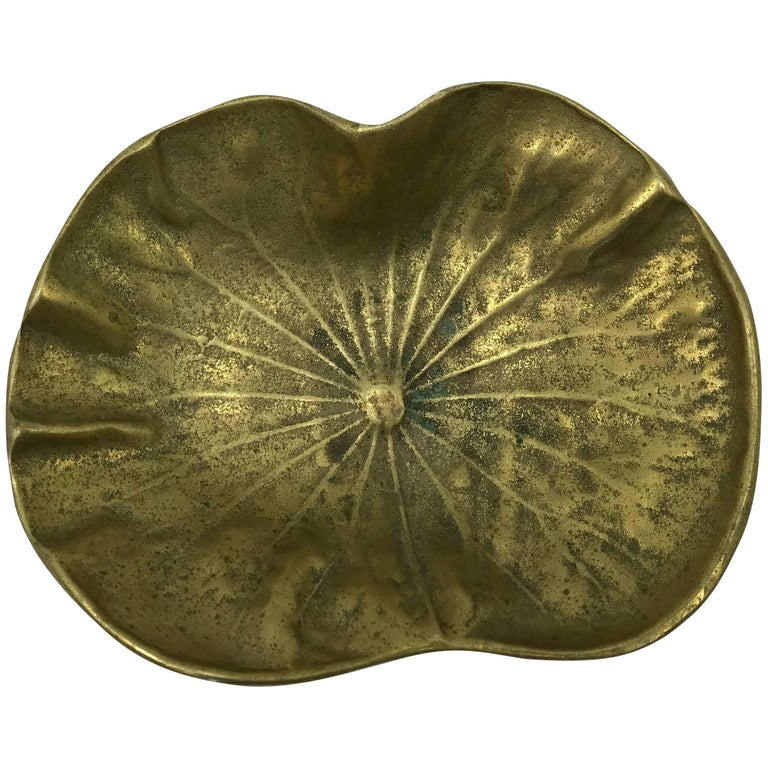1940s Virginia Metalcrafters Brass Lotus Leaf Dish