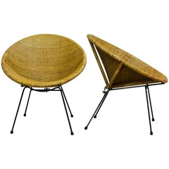Stylish Pair of 1950 Circle Shaped Rattan Cocktail Chairs by Dirk Van Sliedregt
