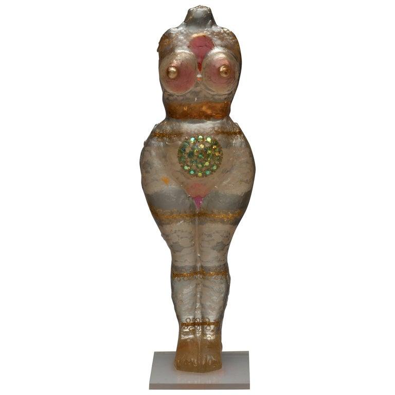 Noche Crist Female Nude Resin Sculpture