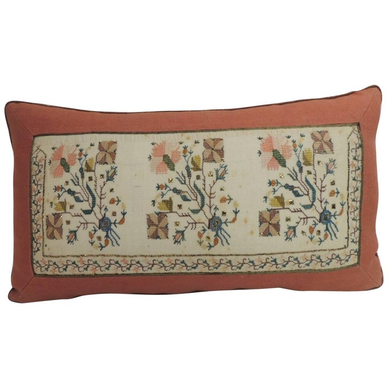 19th Century Turkish Embroidered Linen and Silk Decorative Lumbar Pillow For Sale