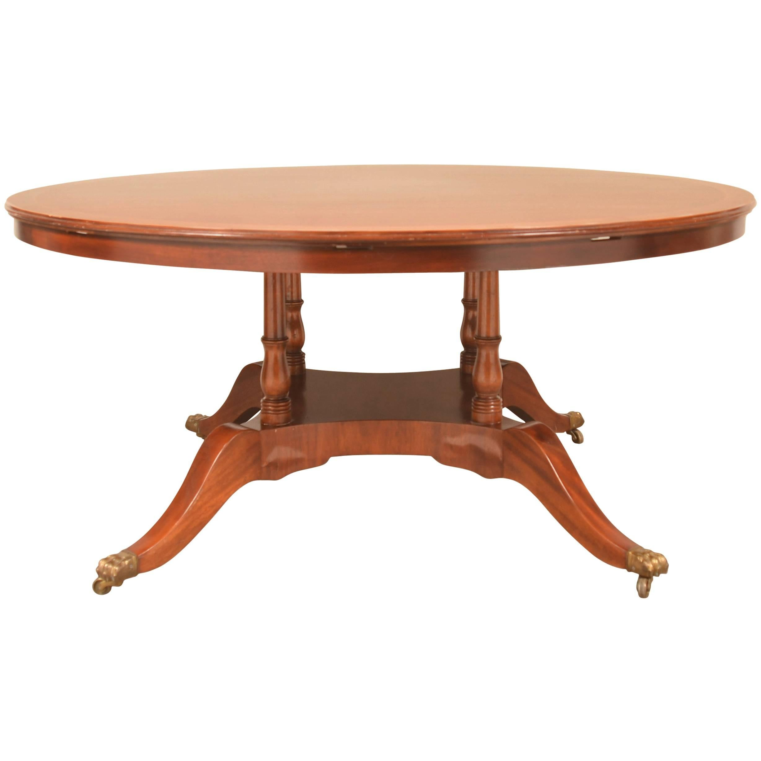 Superieur Regency Style Expanding Round Dining Table For Sale