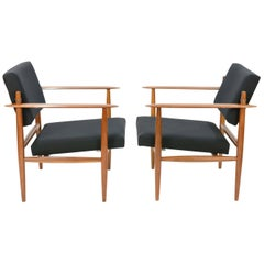 Pair of Elegant and Versatile Club Chair after Jens Quistgaard