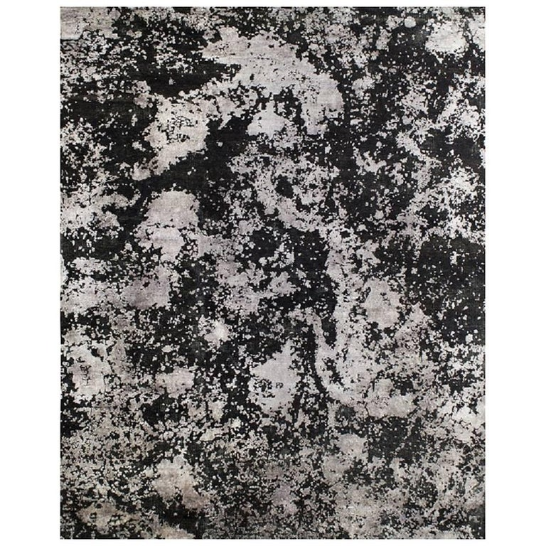 Organic Abstract Black Silver Hand-knotted Wool and Silk Sustainable Stock Rug For Sale
