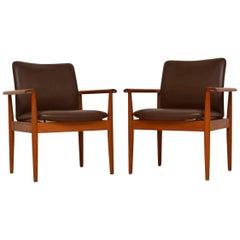 1960s Pair of Danish Leather & Teak Vintage Armchairs by Finn Juhl